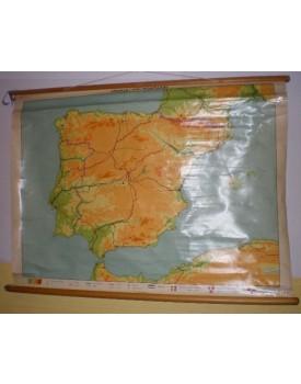 Spanje en Portugal (schaal 1 : 1.500.000) geplastificeerd.