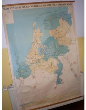 Nederland Staatkundige kaart. (schaal 1 : 275.000)